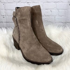 NEW Ugg Fraise Whipstitch Bow Suede Ankle Boots